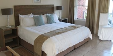 Plettenberg Bay Accommodation Redbourne Lodge King Or Twin Room Views Of Golf Course.L.Uned