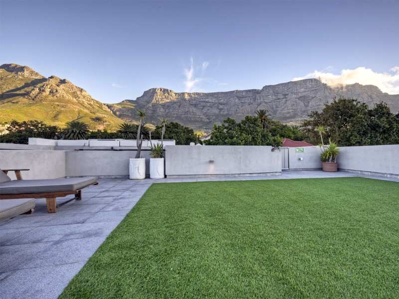 Cape Town Sea Point Accommodation The Three Roof Garden M