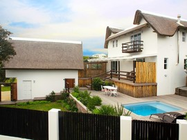 Cape St Francis Beach Break Villas 5 Bedroom All Outdoor Levels