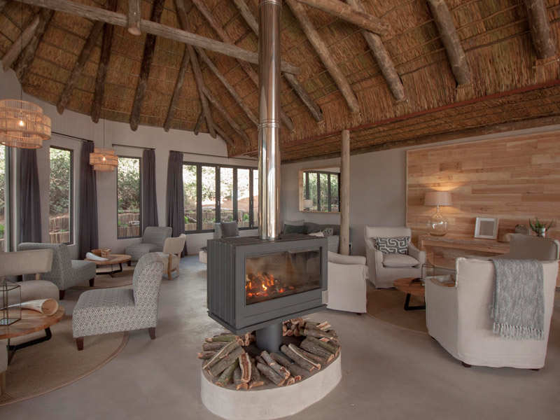 Amakhala Game Reserve Bukela Game Lodge Lounge Central Fireplace