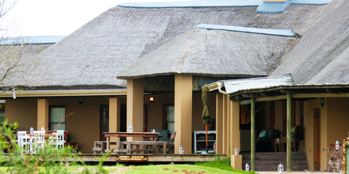 Addo Eastern Cape Family Safari Hlosi Game Lodge Exterior Main Lodge 3