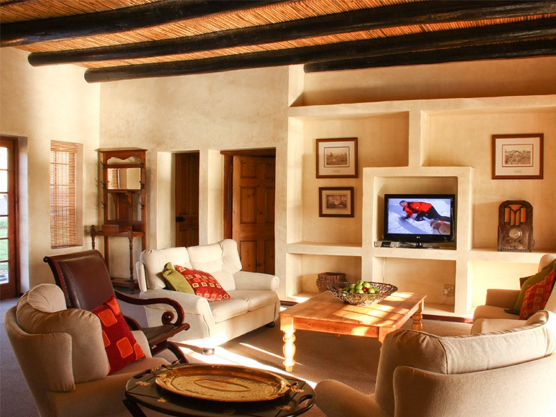 Winelands Accommodation Robertson Orange Grove Lounge