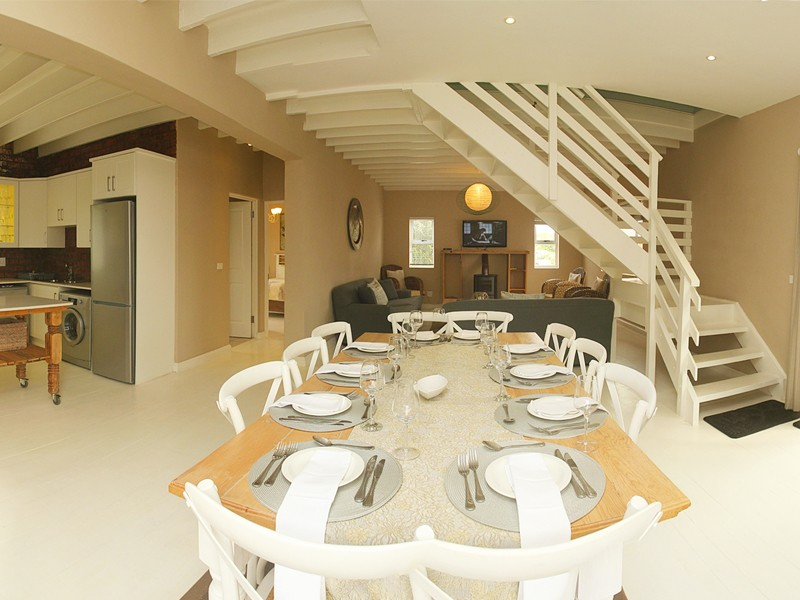 Cape St Francis Beach Break Villas 5 Bedroom Dining Area