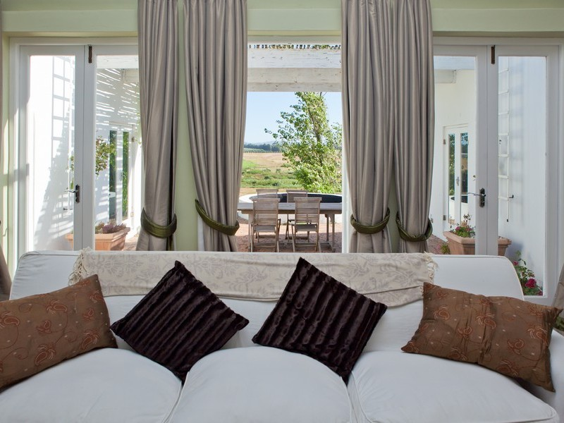 Winelands Stellenbosch Paarl Accomodation Interior 5 Mjpeg