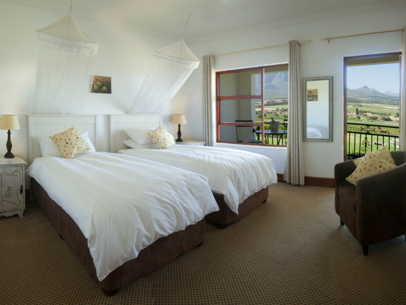 Val Du Charron Guest House And Coach House Wellington Accomodation Luxury Twin