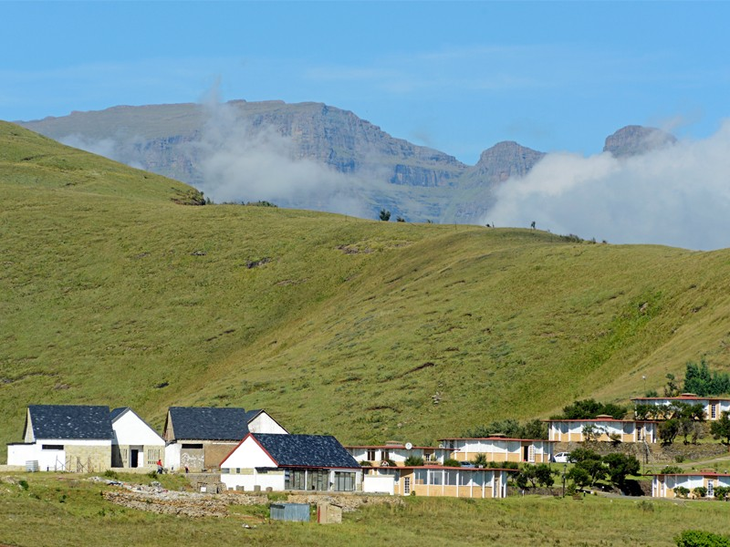 Drakensberg Accommodation Conservation Area Witsieshoek Mountain Lodge Exterior