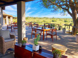 Hlosi Game Lodge  Amakhala Game Reserve Deck