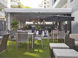 The Hyde Hotel Sea Point H13 Restaurant Courtyard